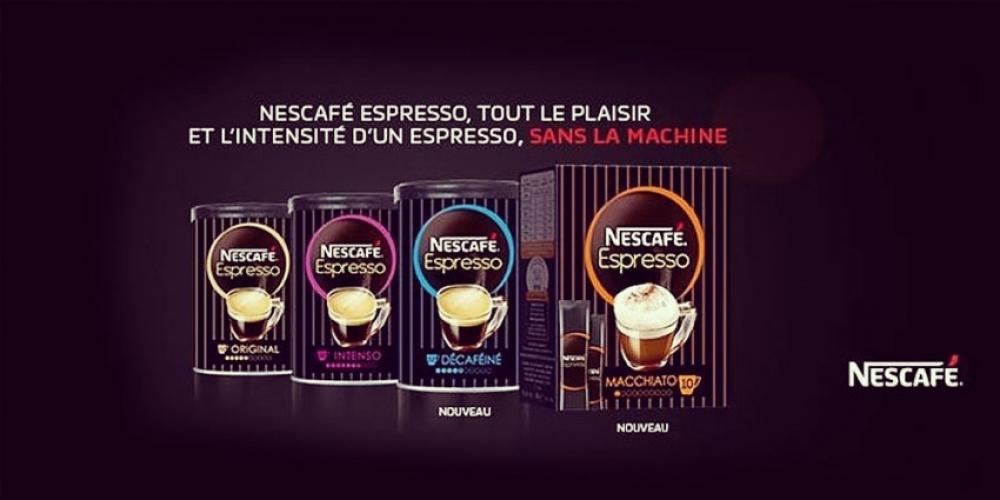 Nescafé piège des clients dans sa nouvelle campagne publicitaire