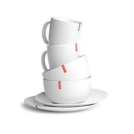 Set petit d jeuner en porcelaine blanche esprit tasses for Set petit dejeuner porcelaine